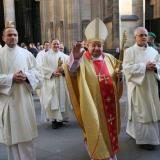 Hlavní celebrant mše svaté Stanislaw kardinál Dziwisz.