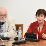 Ex-vedoucí oddělení spisové služby Kanceláře Poslanecké sněmovny Jan Drocár a ex-náměstkyně ministra kultury dr. Anna Matoušková.