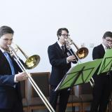 Pozounisté z Pražské konzervatoře zahráli dvě Staropražské fanfáry od neznámého autora a Trio od Ludwiga van Beethovena, jehož mecenášem byl také Josef František 7. kníže Lobkowicz, kromě Johannese z mělnické větve, předek přítomných Lobkowiczů.