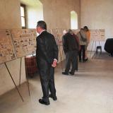 Návštěvníci si mohli prohlédnout rodokmeny 33 šlechtických rodů, jejichž zástupci se v roce 1939 přihlásili k českému národu.A